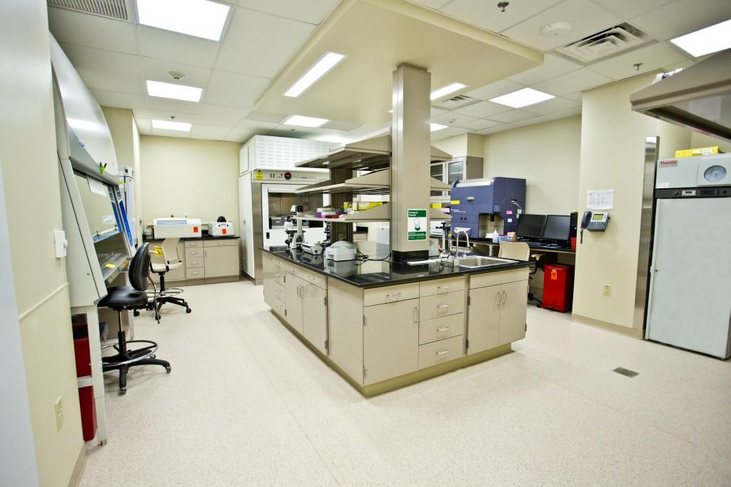 Drexel-Vine-St-Lab-Feb-26-2014-50